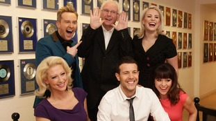 "Pete Waterman with Steps (left to right) Faye Tozer, Ian ""H"" Watkins, Lee Latchford-Evans, Claire Richards (top) and Lisa Scott-Lee"