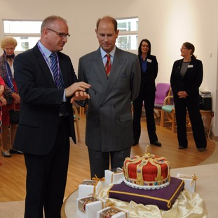 HRH with crown cake