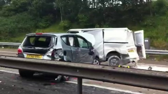 Six injured in motorway crash