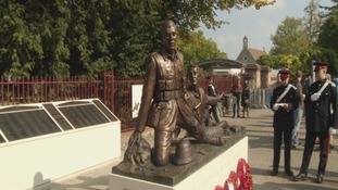 Trooper Fred Potts VC statue