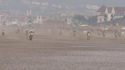 beach_race