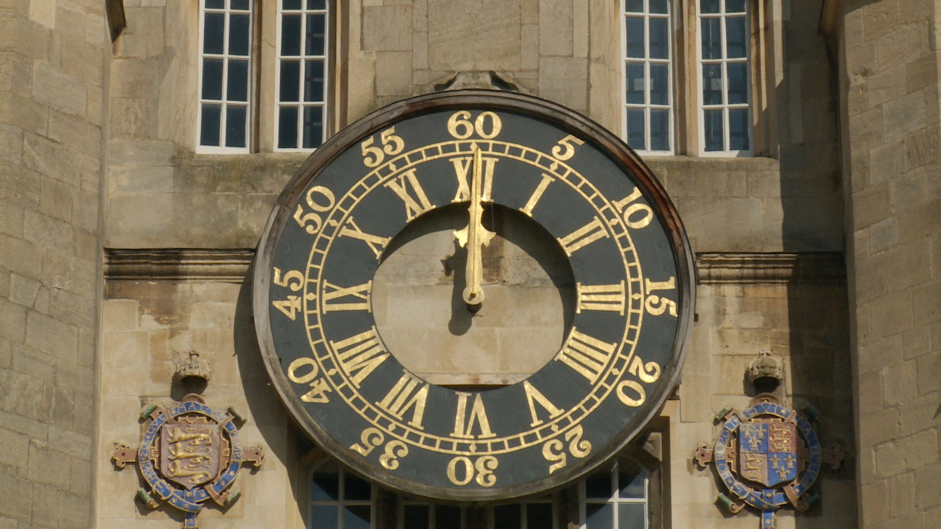 Runners Latest Attempt To Beat The College Clock Anglia