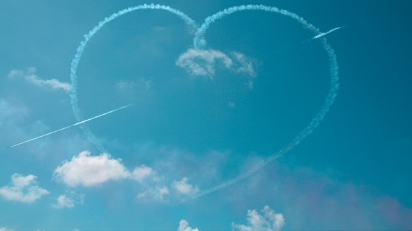 A heart in the sky from the Red Arrows