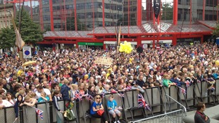Crowds gather ahead of Jessica Ennis' arrival in Sheffield's city centre