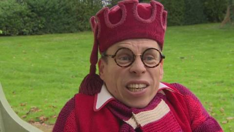 warwick_davis_star_wars_web_2
