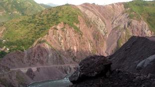 Thousands of tourists stranded after Pakistan landslides