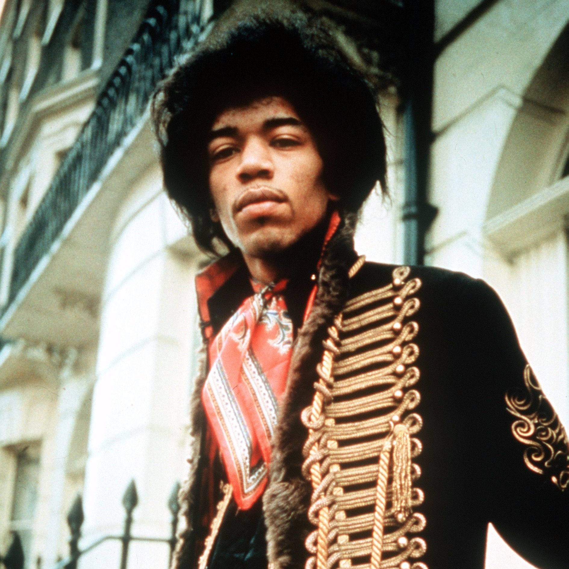 a biography and life work of jimi hendrix a famous rock guitarist James marshall hendrix (born johnny allen hendrix november 27, 1942 - september 18, 1970), was an american guitarist, singer and songwriterhendrix was a major influence on other rock and roll musicians.