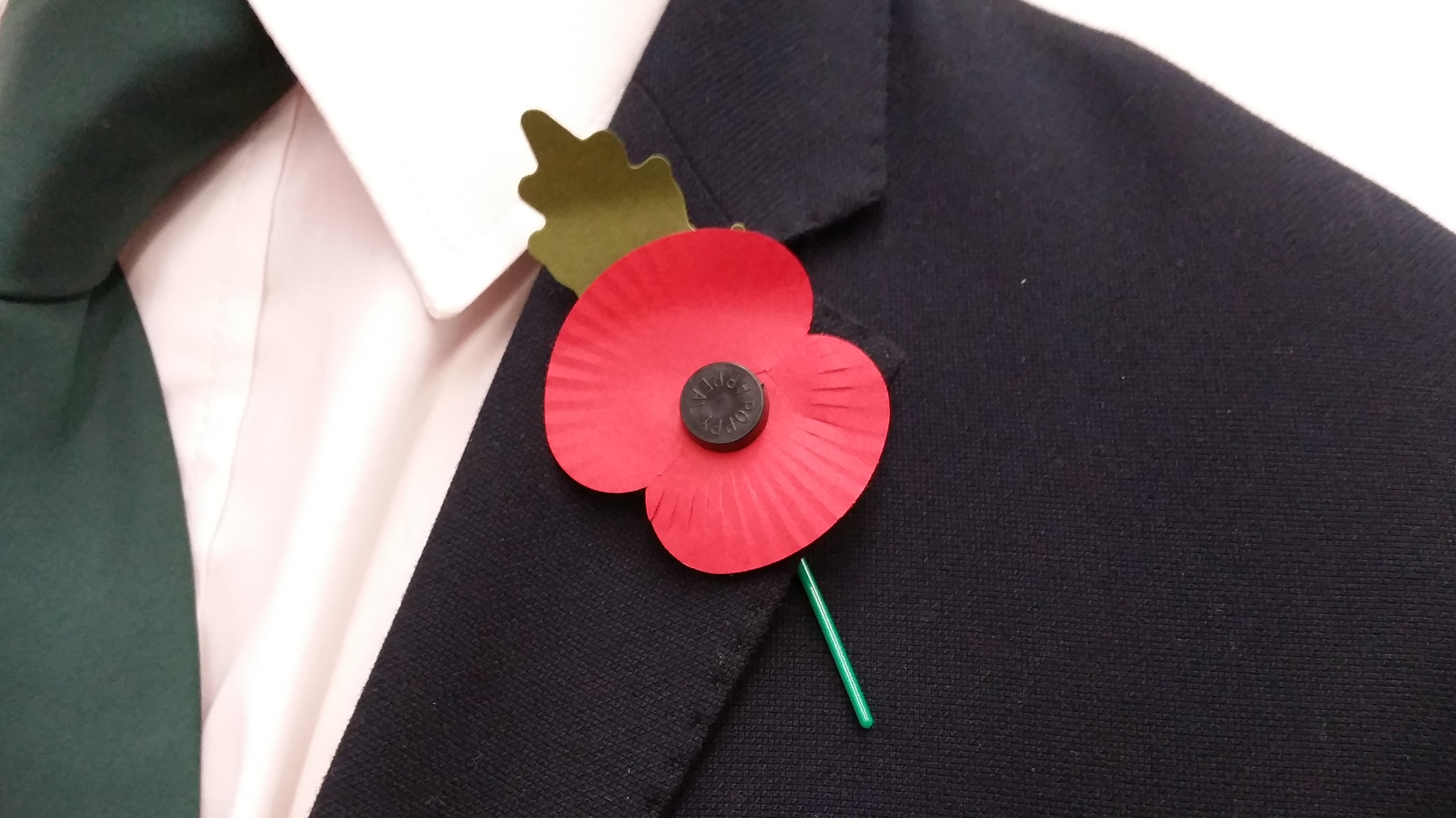 How should you wear your poppy wales itv news buycottarizona Images
