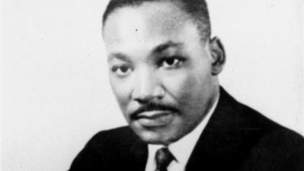 thesis for martin luther king jr Martin luther king, jr is rightly honored as a hero in the telling of the american story—not because of his personal virtue but because he was the chosen instrument to advance a morally imperative change in our common life.