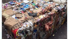Cardboard recycling contaminated with meat and plastic