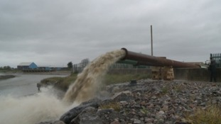 Giant pumps tested to help protect Somerset from flooding