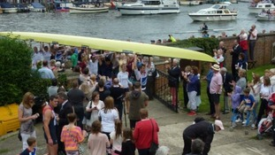 Crowds turn up for Leander rowers