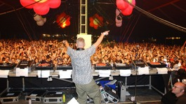 Crowds enjoy a previous Creamfields festival