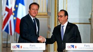 Francois Hollande urges MPs to back David Cameron's Syria airstrikes plan