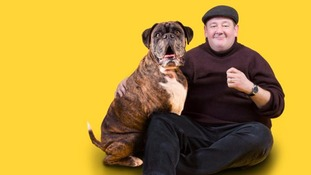 Johnny Vegas shows his support for Dogs Trust Xmas campaign