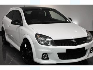 A Vauxhall Astra VXR Artic Edition is said to be involved in the hit-and-run case.