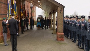 Hundreds attend funeral of Bomber Command veteran who died alone in Hull