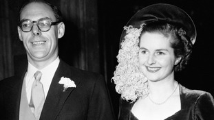 Margaret Thatcher's wedding dress sells for £25,000