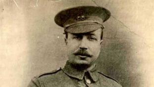 East Lancs soldier who won Victoria Cross for saving sergeant remembered 100 years on