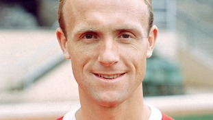 Don Howe: Ex England defender and Arsenal manager dies, aged 80