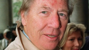 Max Bygraves dies