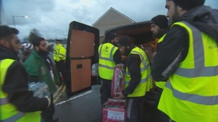 Al-Imdaad emergency aid relief workers lend a helping hand to flood hit communities