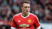Phil Jones says United can still win the league