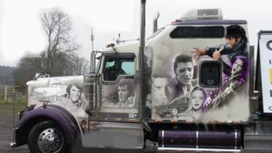 The Kenworth truck dedicated to Elvis
