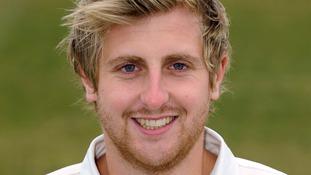 Tom Allin: Former Warwickshire bowler dies aged 28