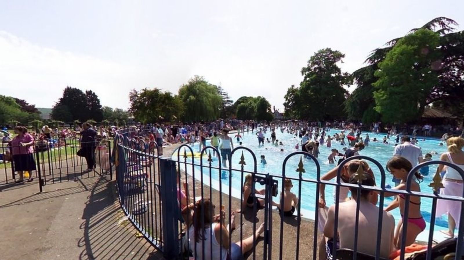 Residents of cardiff are being asked to vote on for Pool designs victoria
