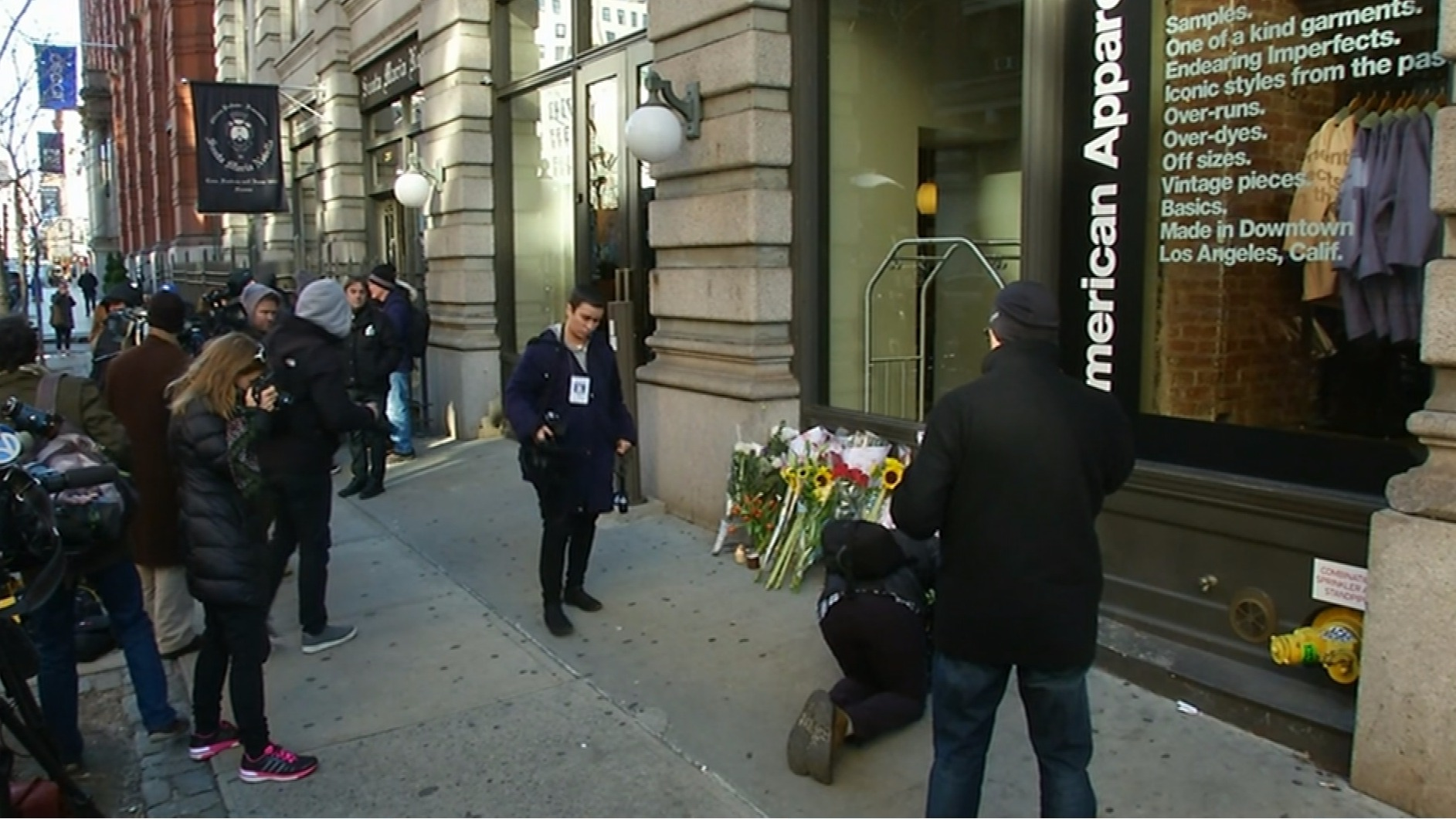 fans lay flowers outside david bowie 39 s new york home itv