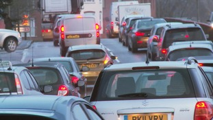 Newbury grinds to a halt as work begins to replace bridge