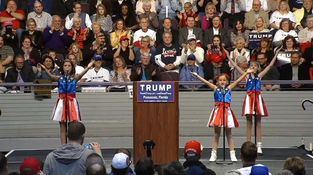 Donald Trump Jam: Presidential hopeful enlists child cheerleaders for ...