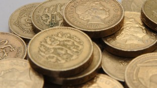 Thieves make off with £15k in pound coins