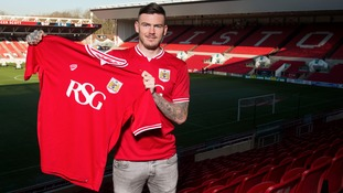Bristol City announce double signing