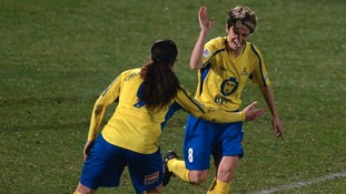 Smith was the Belles' joint top-scorer in the 2014 season.