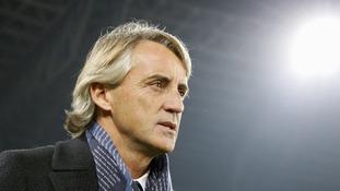 Ex-Man City boss Roberto Mancini brands Napoli coach Maurizio Sarri 'racist'