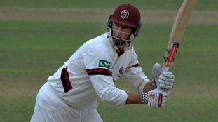 Somerset County Cricket Club have announced Marcus Trescothick is stepping down as captain for the 2016 season