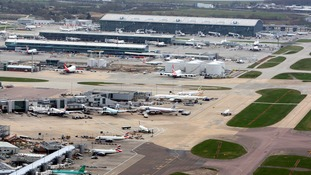 Airport runway decision 'could delayed beyond summer'