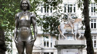 Statue of Dame Kelly Holmes.