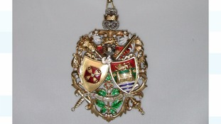 The Mayoress badge