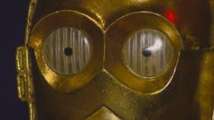 close up C-3PO