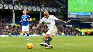 Premier League match report: Everton 1-2 Swansea