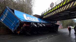 Lorry driver finds himself in a tight squeeze