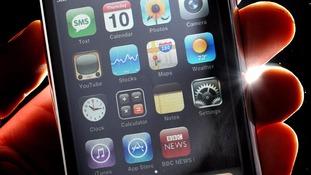 Apple fixes Safari web browser after hundreds report crashes