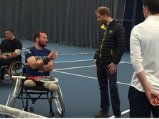 The Prince meets wheelchair tennis players