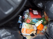 Average family loses £700 a year on food wastage