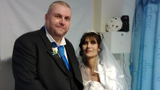 David and Jeanette Scully, who married in hospital after Jeanette's diagnosis