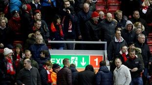 Henderson won't blame Liverpool failure of fan exodus