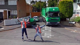 The pair were spotted 'busting-a-move' whilst on their rounds in Moseley in Birmingham.